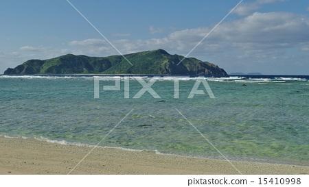 Transparent seaside 15410998