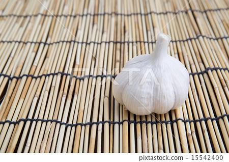 Garlic 15542400