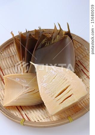 Prepare bamboo shoots 15680039