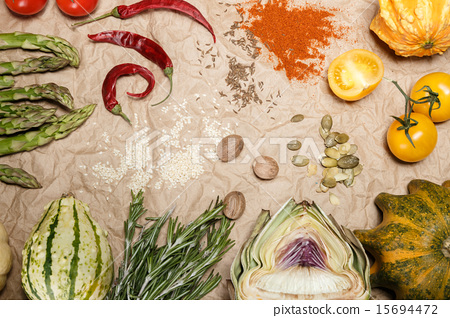 vegetables and spices 15694472