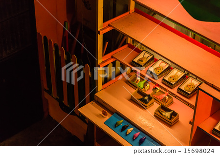 display, displays, kiosk 15698024