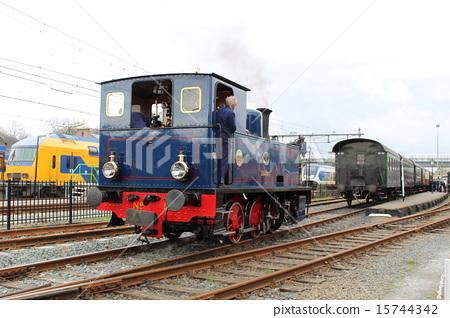 네덜란드 호른의 증기 기관차 15744342