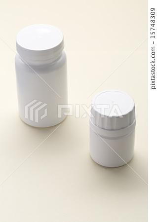 Plastic white medical bottle 15748309