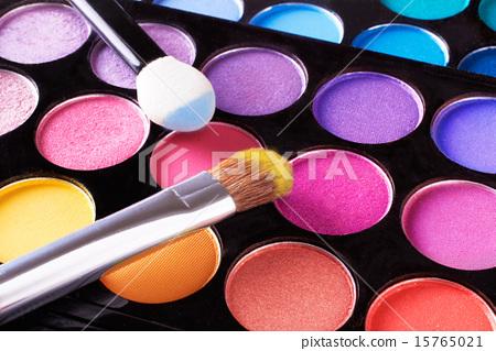 화장품 화장품 아이 섀도우와 칩 및 브러쉬 15765021