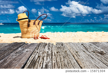 Stock Photo: Beautiful beach with bag at Seychelles