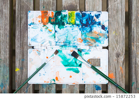 Palette with paint 15872253
