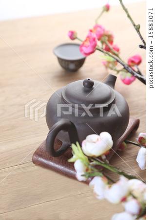 茶 15881071