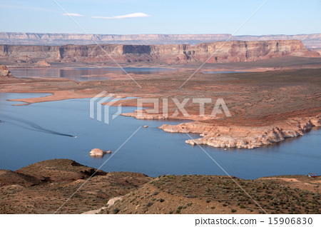Lake Powell, Arizona, USA 15906830