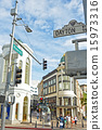 rodeo drive, luxurious, Overspend 15973316
