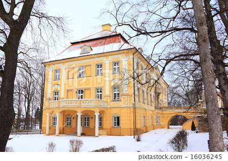 Baroque palace in Biedrzychowice Poland at winter 16036245