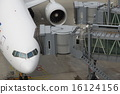 登机桥 飞机 马车 16124156
