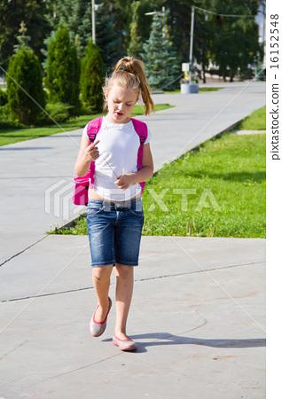 Cute girl go to school 16152548