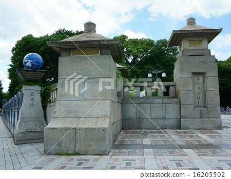 Pillars of Jingu Bridge and Olympic Bridge 16205502