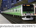 Yamanote Line E231 series 500 series green strip Yamanote line wrapping train 16299973