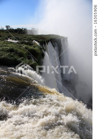 Iguacu Falls 16305906