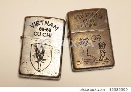 베트남 전쟁 당시 미군이 사용했다고 칭하는 지포 라이터 가짜 16326399