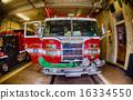 Fireman ready to intervene 16334550