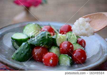 Easy pickled cucumber and minced tomato soybean pickles 358 16349564