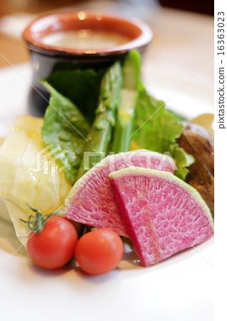 salad 16363023