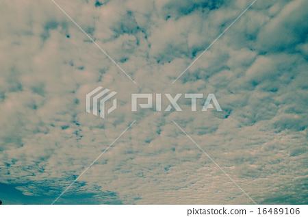 Nice clouds with sunrise light 16489106
