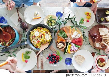 有机食品午餐家庭聚会 16544701