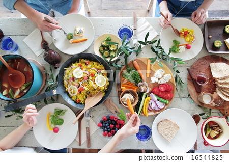 有机食品午餐家庭聚会 16544825