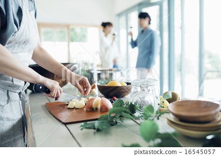 家庭聚會,用餐 16545057