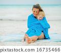 mother, towel, beach 16735466