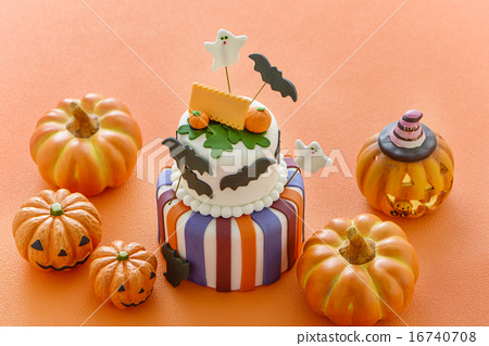Halloween pumpkin Halloween cake 16740708