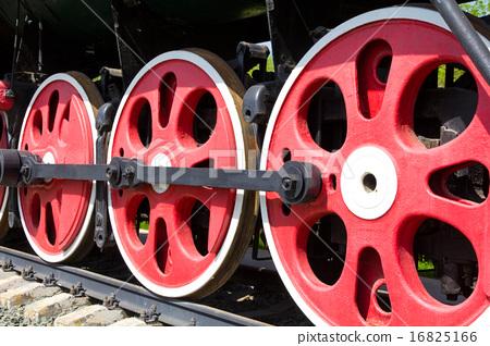 Old train wheel 16825166