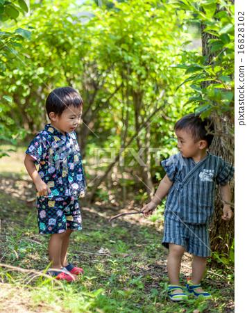 Children in Shinpei 16828102