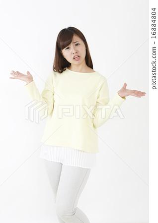 속수무책 여성 16884804