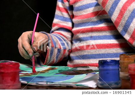 drawing child 16901345