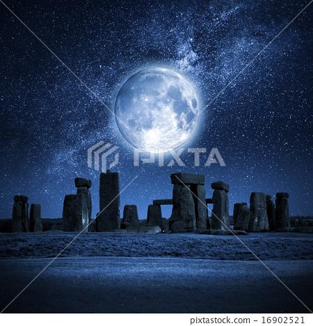 Stock Photo: Stonehenge full moon
