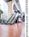escalator 16905446