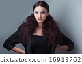 Fashionista 16913762