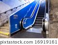 escalator 16919161