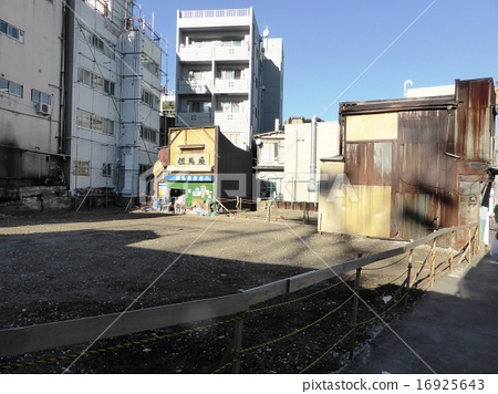 Disappearing scene Sharkokuzawa Kitaguchi Station Front Market Market after World War II Food Market 16925643