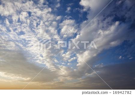 藍天白雲 16942782