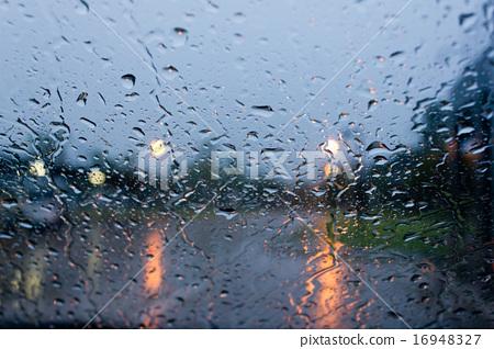 rain drops on car glass 16948327