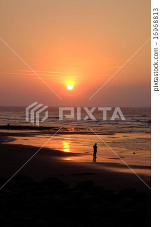 海邊夕陽 16968813