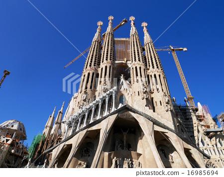 Sagrada Familia / Spain · Barcelona 16985694