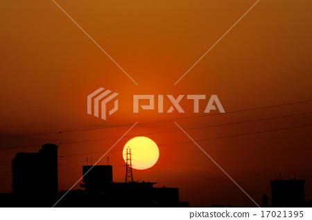 sunset 17021395