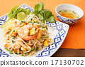stir-fried rice noodles with shrimp , pad thai 17130702