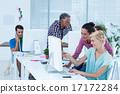 businesswomen using computer 17172284