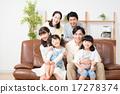 一個家庭 17278374