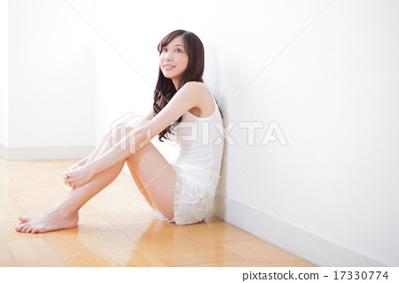 女性美好的腿圖像 17330774
