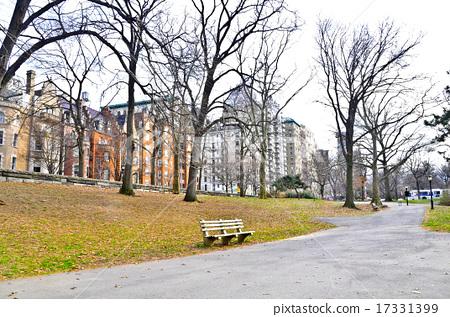 New York Upper West Side 17331399