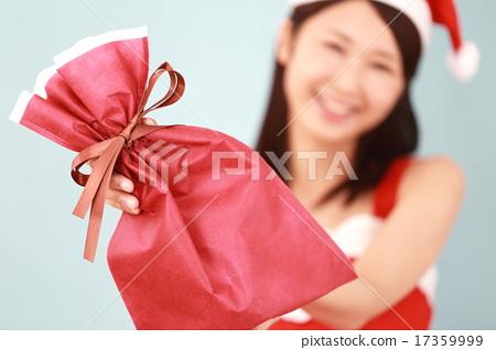 산타 클로스 산타 소녀 (크리스마스 코스프레 여성 겨울 의상 행사 복사 공간) 17359999