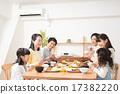 Family (dining table) 17382220